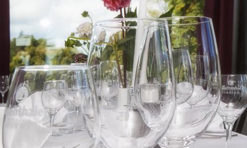Gläser im Seminarhotel